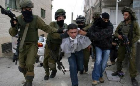 الخليل - اعتقال مدنيين - 11-04-2014Hebron - Arrests of Civilians - 11-04-2014עצורים - 11-04-2014
