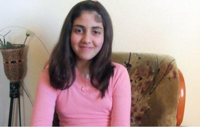 الطفلة لين الصفطاوي، منعت من زيارة والدها الاسير