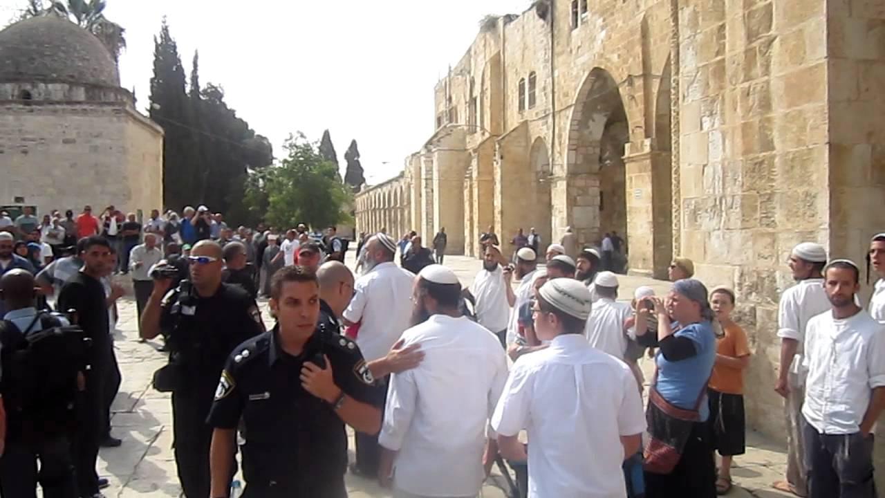 اعتداء على مقدسات 21-12-2015Assaults on Holy Places 21-12-2015הפרות במקומות הקדושים 21-12-2015Kutsal Yerlere Saldırılar 21-12-2015