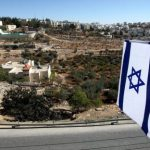 إسرائيل تخطط لبناء استيطاني جديد في وسط الخليلIsrael's Provocation in Hebron Debunks Netanyahu's Call for Talks מדינת הכיבוש מתכננת בנייה חדשה בהתנחלות היהודית בחברון