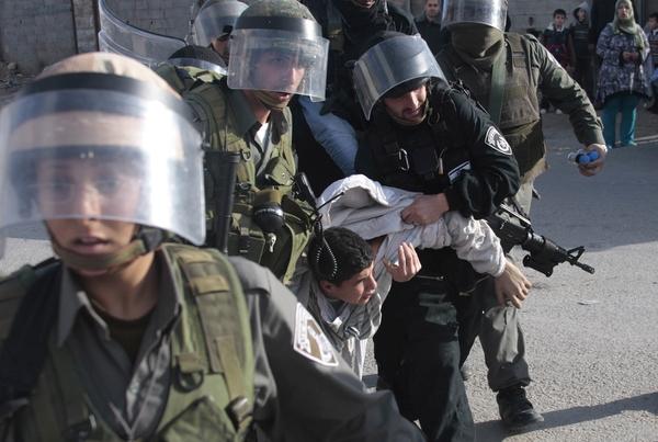اعتقالات 06-02-2017Arrests 6-2-2017מעצרים 06-02-2017Арест мирных людей 6-2-2017